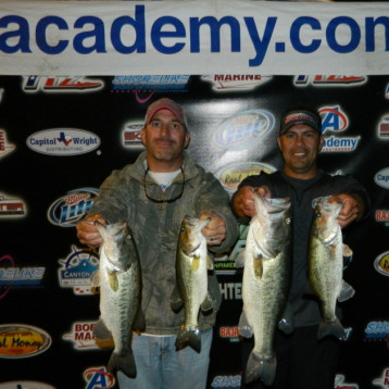 2ND PLACE + BIG BASS – DARREN SIMMONS  / SHAWN TAMEZ